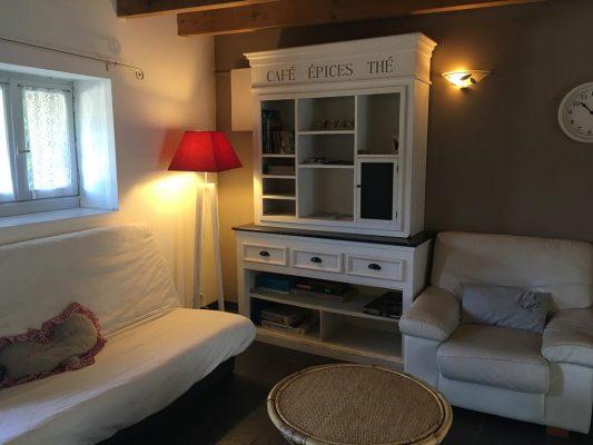 Romantique Salon